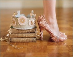 books-crown-glitter-princess-shoes